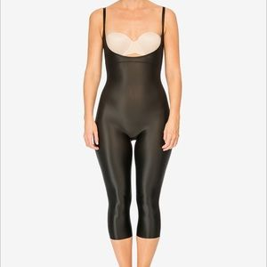 Spanx Catsuit small never worn black